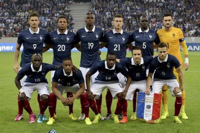 France's national soccer team players poses for a picture before their international friendly soccer match against Paraguay at the Allianz Riviera soccer stadium in Nice